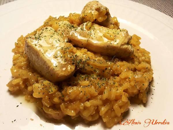 Arroz meloso con pechuga de pollo al curry y un toque de garam masala