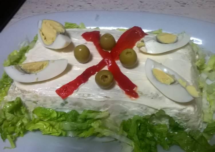 Pastel salado de patata y atún