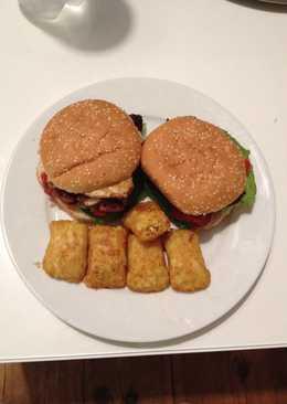 Hamburguesa de chorizo y papas