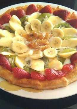Tarta fácil de fruta y natillas