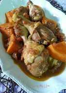 Pollo estofado con boniato, pasas sultanas, cúrcuma y jengibre