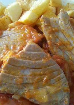 Atún en salsa de tomate casero