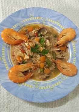 Arroz con marisco y verduras