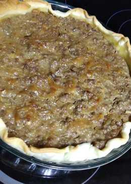 Quiche de carne, queso de cabra y cebolla caramelizada
