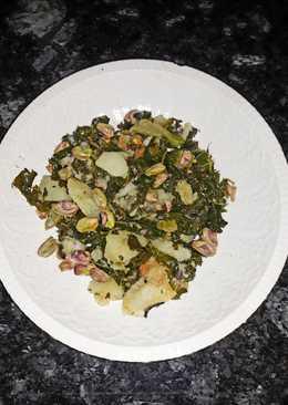 Col kale con patata y pistachos