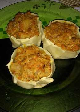 Canastitas de atún, arroz, cebolla y zanahoria súper fáciles