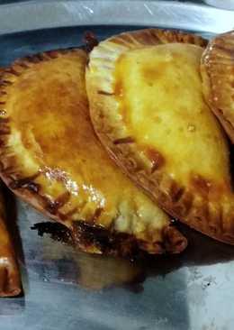 Empanadillas de morcilla y mermelada de tomate