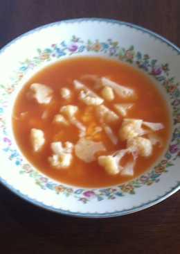 Sopa de coliflor con queso