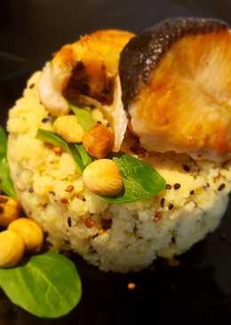 Cuscus de avellanas y sésamo con salmón