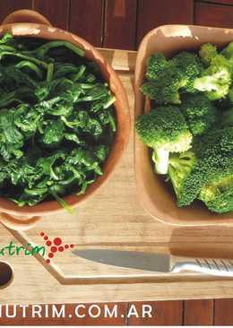 ¿Cómo cocinar el Brócoli y la Espinaca? Tips para que conserven su color verde y sus propiedades nutricionales