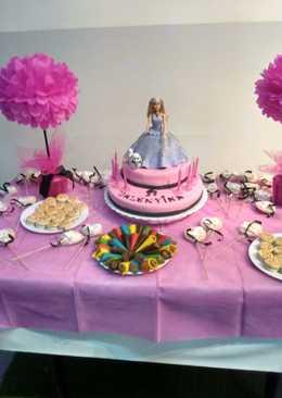 Torta de cumplea os 413 recetas caseras cookpad for Decoracion de tortas caseras