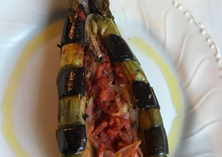 Berenjenas Imam Bayildi (Imam asombrado)....para vegetarianos o no..🍆