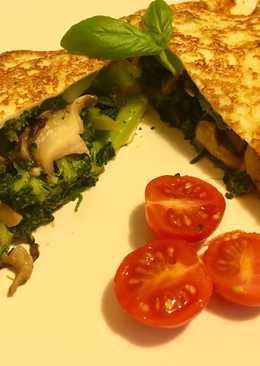 Torticrepe de setas, brócoli y espinacas