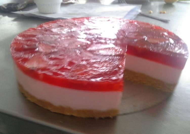 Torta de yogur con base galletas champa as receta de sonia - Como hacer mousse de yogurt ...