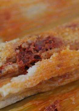#tamales de guajillo con queso