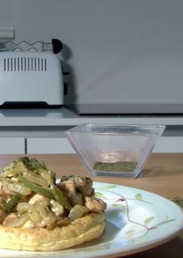 Salmón, verduras y hojaldre con mostaza