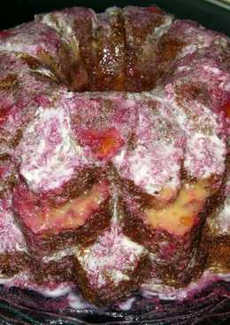 Bizcocho con glaseado de cerezas