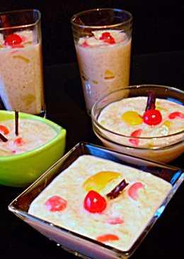 Arroz blanco con leche y fruta