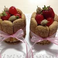 Mini Charlotte con frutos rojos