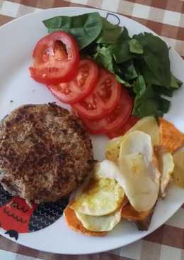 Hamburguesa vegana con espinacas frescas