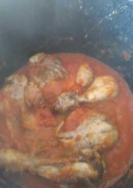 Muslitos de pollo con salsa de tomate
