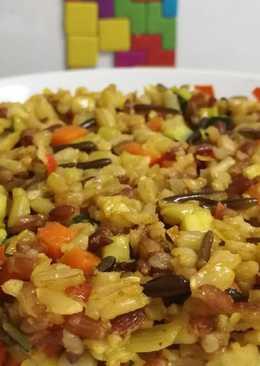 Arroz tricolor con verduritas y curry
