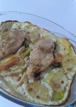 Pechugas rellenas de espinacas y queso con salsa de nata