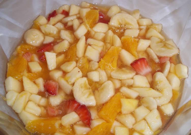 Macedonia de frutas casera receta de kiko cookpad - Macedonia de frutas thermomix ...