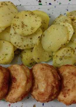 Merluza frita y patatas al vapor