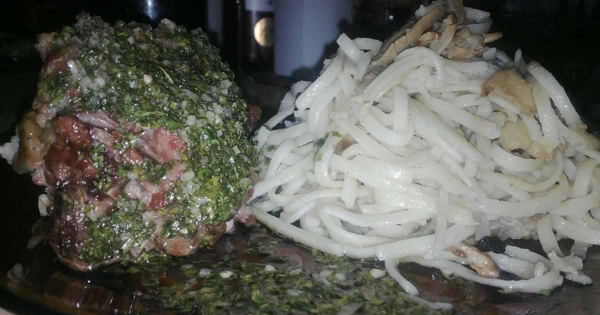 Pata de cordero a la provenzal con fideos con hongos for Cocinar cabeza de cordero