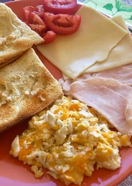 Desayuno consistente de domingo