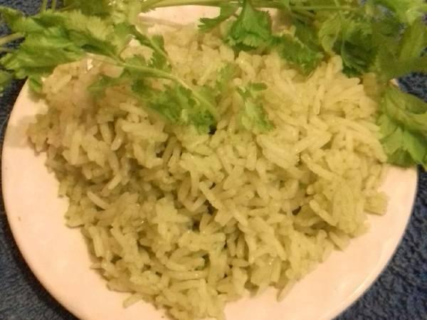 Arroz verde fácil (al cilantro)
