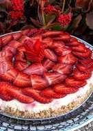 Tarta de yogur y fresas