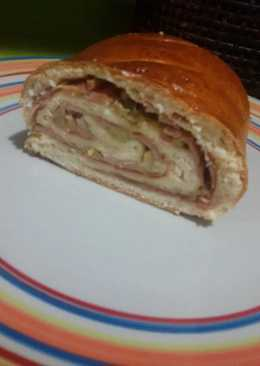 Pan relleno de jamon, york, queso y aceitunas con thermomix
