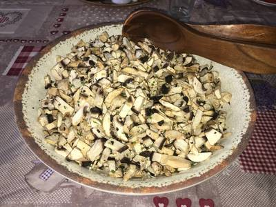 Ensalada de champiñones crudos