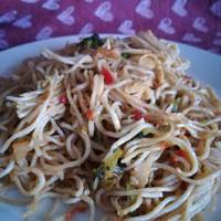"""Wok de fideos chinos con pollo y verduras """"Apto para diabéticos"""""""