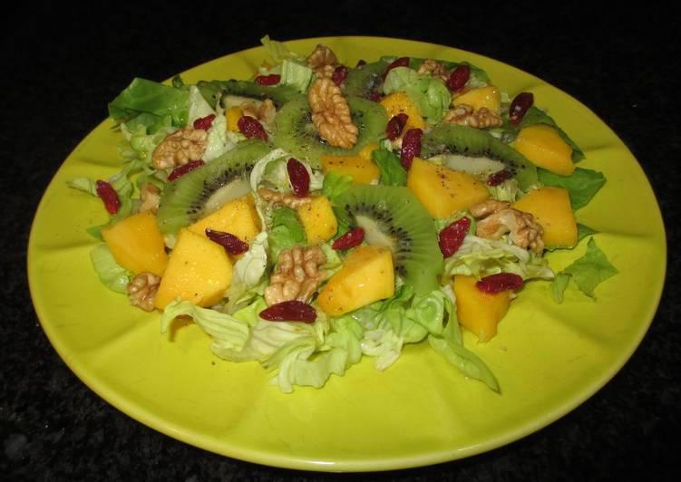 Mango y kiwis sobre lechuga receta de cocinar con for Cocinar con mango