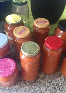 Salsa de tomate en conserva