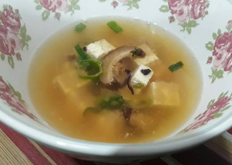 Resultado de imagen para sopa de miso y shiitake