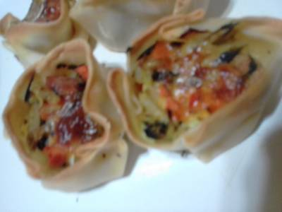 Canastitas con verduras y salchichas