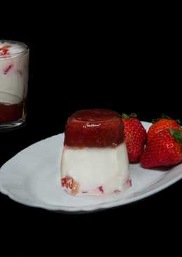 Cuajada con fresas frescas y mermelada