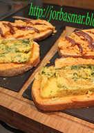 Rebanadas con tortilla y pastel de cabracho