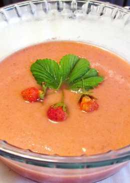Gazpacho de fresas silvestres