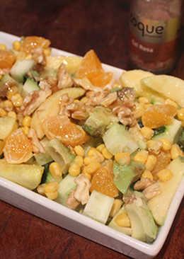 """Ensalada de aguacate, mandarina, manzana y sal rosa del Tibet """"apto para diabéticos"""""""