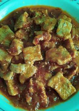 Lomo de cerdo encebollado con tomate