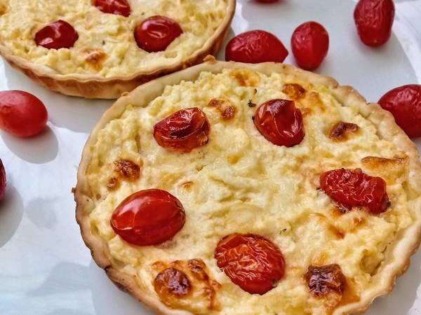 Tarta de ricota y tomate