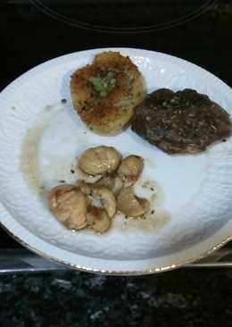 Carrilleras de cerdo con castañas y patatas
