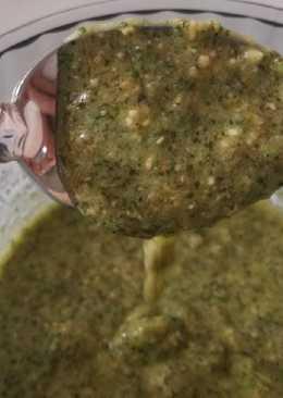 Salsa pesto de hierbabuena y anacardos fácil y rápida