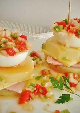 Pincho de patata, york, queso y huevo