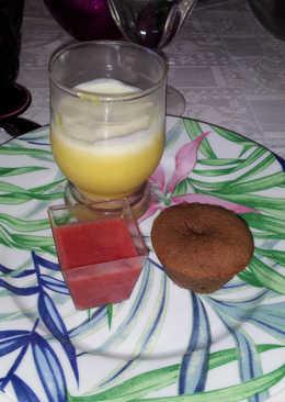 Sopa de fresas, crema de limón y coulant de chocolate